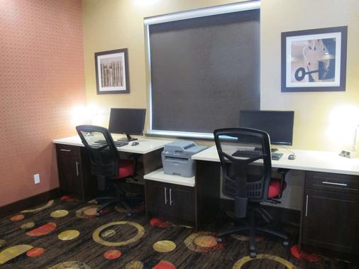 Best Western PLUS Kindersley Hotel - Kindersley - Business Center