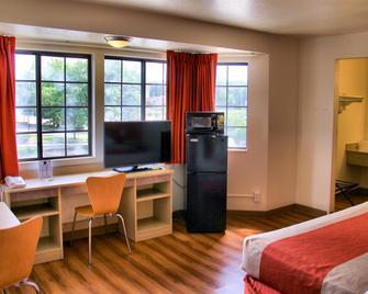 Motel 6 Enfield, Ct - Hartford - Enfield - Bedroom