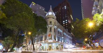 جراند هوتل سايجون - هوتشي مين سيتي - مبنى