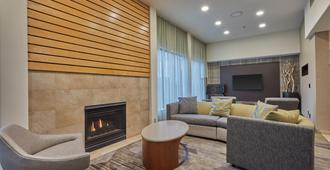 Courtyard by Marriott Eugene Springfield - Springfield - Living room