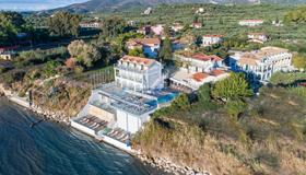 Denise Beach Hotel - Laganas - Extérieur