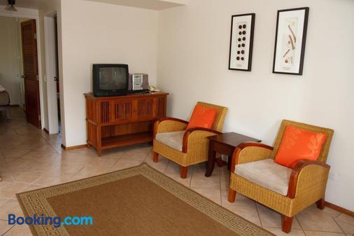 Hibiscus Resort And Spa - Port Douglas - Living room