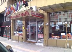 Karabag Hotel - Kars - Outdoors view
