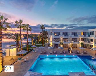 Dawliz Rabat Resort & Spa - Rabat - Piscina