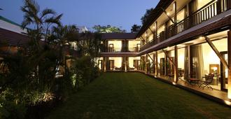 Kwality's Motel Shiraz - Bhopal