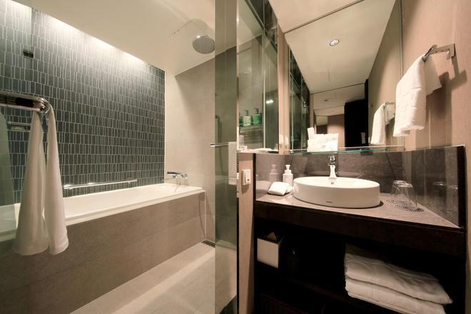 Solaria Nishitetsu Hotel Seoul Myeongdong - Seoul - Bathroom
