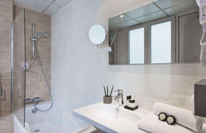 阿萊斯格勒內勒埃菲爾鐵塔酒店 - 巴黎 - 巴黎 - 浴室