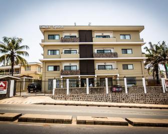 Swiss Spirit Hotel & Suites Freetown - Freetown - Building