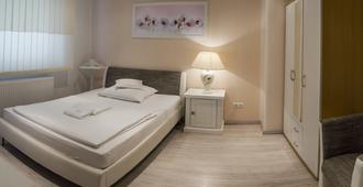 Pension Donau - האנובר - חדר שינה