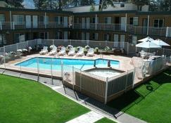 Alpine Inn and Spa - South Lake Tahoe - Pool