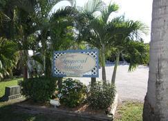 Tropical Winds Motel & Cottages - Sanibel - Vista del exterior