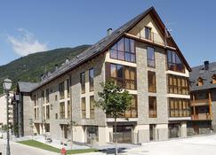 Aparthotel Nou Vielha - Viella - Bygning