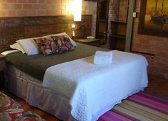 Grajagan Surf Resort - Ilha do Mel - Camera da letto