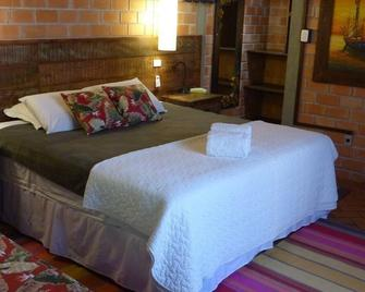 Grajagan Surf Resort - Ilha do Mel - Bedroom