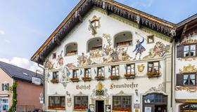 Hotel & Gasthof Fraundorfer - Гармиш-Партенкирхен - Здание