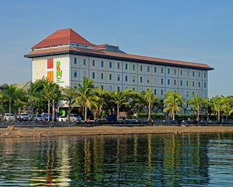 Singaraja Hotel - Сингараджа