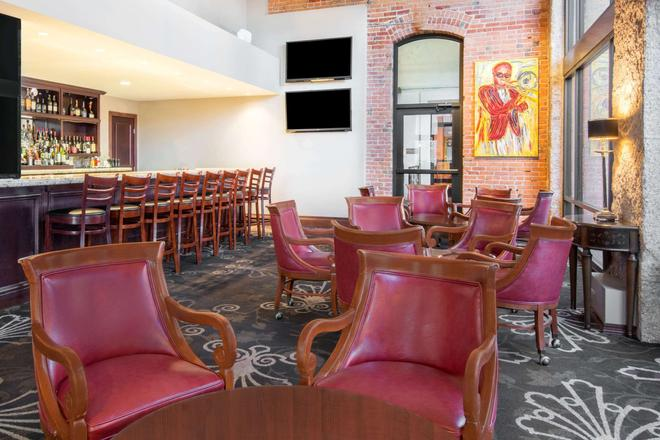 The Mining Exchange, a Wyndham Grand Hotel & Spa - Colorado Springs - Bar