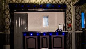 The Carlton Hotel - Folkestone - Front desk