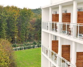 Golden Tulip Nantes Carquefou Suites - Carquefou - Building