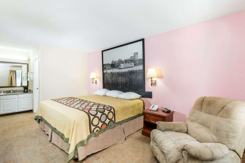 Super 8 Statesboro - Statesboro - Bedroom