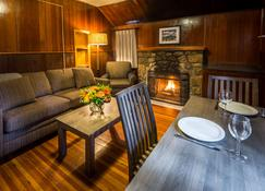 Tekarra Lodge - Jasper - Salon