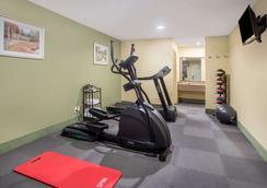 Days Inn by Wyndham Abbeville - Abbeville - Fitnessbereich