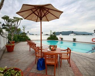 The Katerina Hotel - Batu Pahat - Басейн