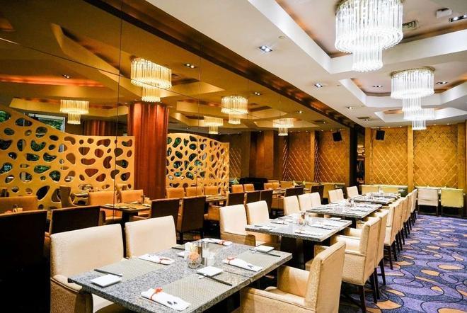 Wyndham Grand Plaza Royale Ningbo - Ningbo - Restaurant