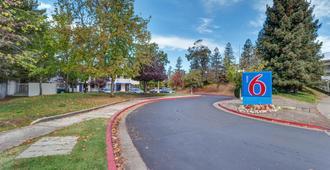 Motel 6 Santa Rosa North - Santa Rosa