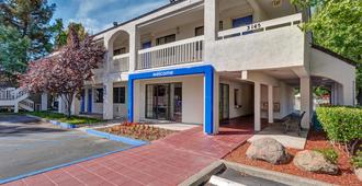 Motel 6 Santa Rosa North - Santa Rosa - Κτίριο