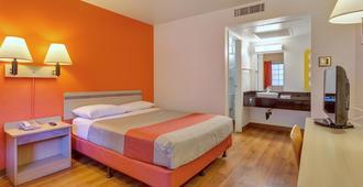 Motel 6 Santa Rosa North - Santa Rosa - Bedroom