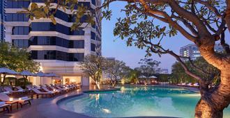 Grand Hyatt Erawan Bangkok - Bangkok - Pool