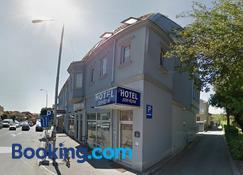 Sin-Kom Hotel Garni - Pirot - Building