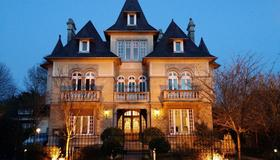 Le Castel Guesthouse - Bayeux - Edifício