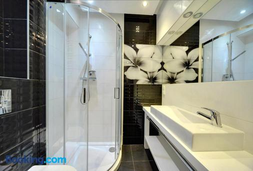 Apartamenty Lesny Dom Sun Seasons 24 - Karpacz - Bathroom
