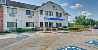 Motel 6 Chicago North - Glenview - Glenview - Edificio