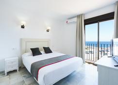 OYO Hotel El Ancla - Calahonda - Κρεβατοκάμαρα