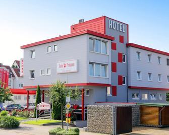 Hotel Zum Prinzen - Зінсхайм - Building