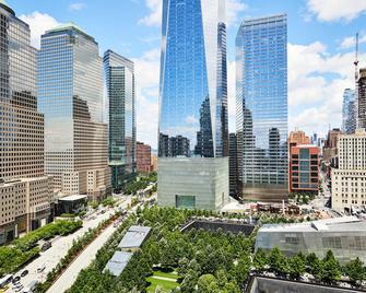 Club Quarters Hotel World Trade Center - New York - Building
