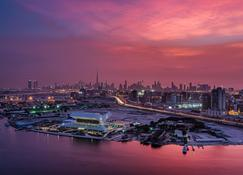 Crowne Plaza Dubai - Festival City - Dubai - Näkymät ulkona