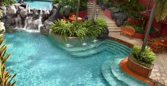 أسكوت جاكارتا - جاكرتا - حوض السباحة