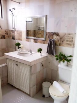 世紀灣服務套房酒店 - 檳城 - 檳城喬治市 - 浴室