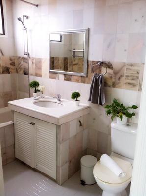 Century Bay Private Residences - George Town - Bathroom