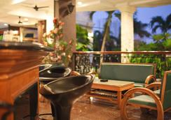 Century Bay Private Residences - George Town - Restaurant