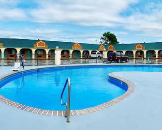 Executive Inn Of Hondo - Hondo - Bazén