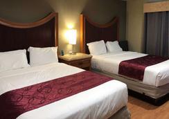 Rodeway Inn - Flagstaff - Bedroom
