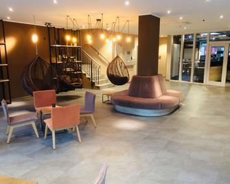 Adesso Hotel Göttingen - Göttingen - Lobby