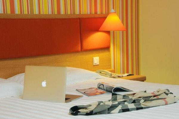Fairyland Hotel Kunming Nanping Pedestrian Street Baida - Kunming - Room amenity