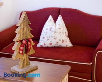 Piculin Alpin Apartments - St. Martin in Thurn - Wohnzimmer
