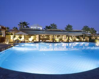 Thalassa Beach Resort - Adults Only - Nea Kydonia - Piscina